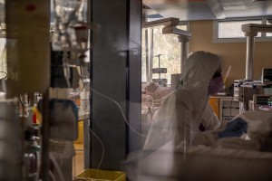 A nurse at work inside the intensive care unit of the Covid 3 Hospital (Istituto clinico CasalPalocco) during the Coronavirus emergency in Rome, Italy on March 30, 2020. The Italian government is continuing to enforce the nationwide lockdown measures to avoid the spread of the infection in the country.